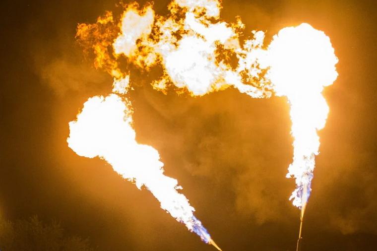 Огнемёт для огненного шоу